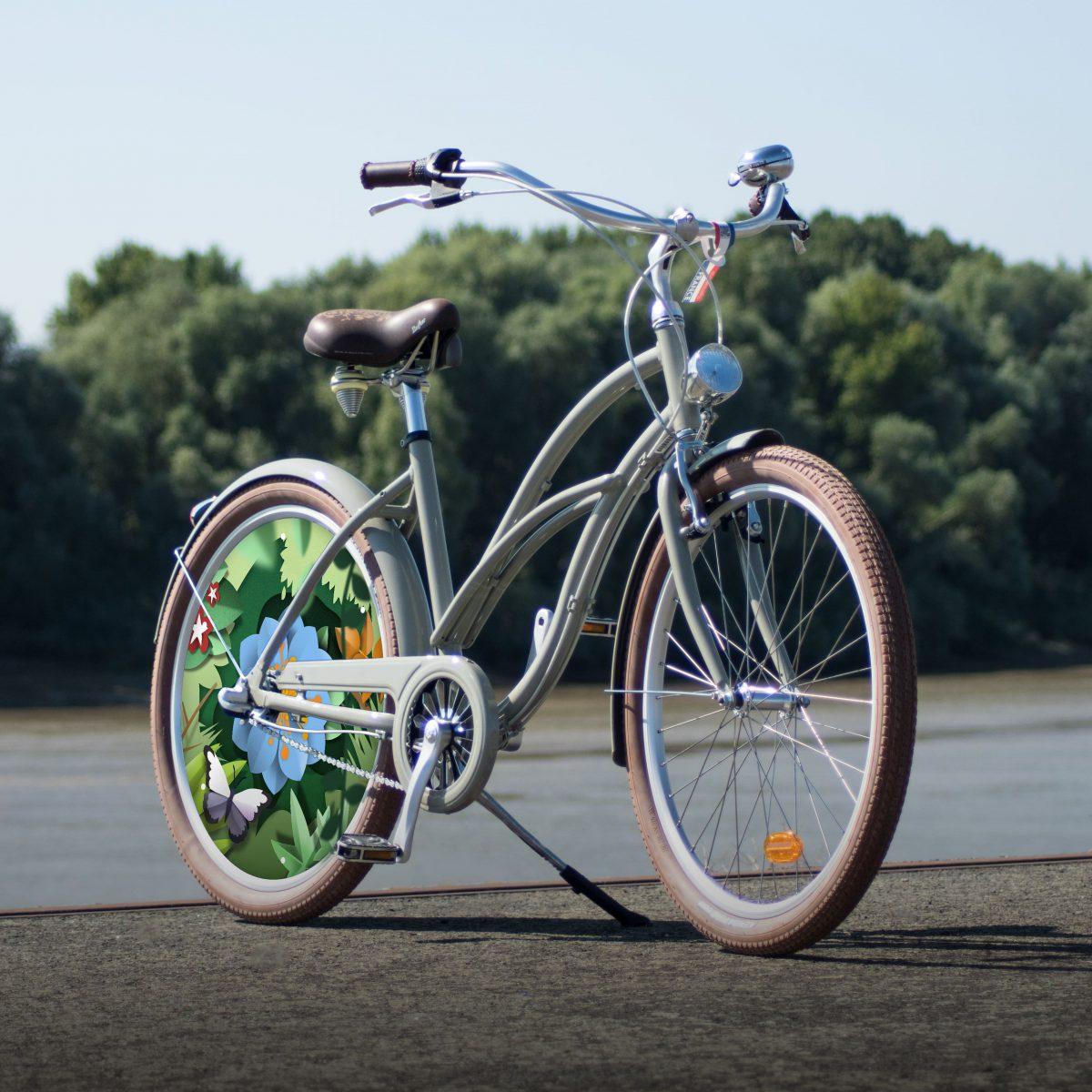 Vélo Cruiser Coaster de la collection Canopée. Un design fleuri pour un vélo de ville agréable à conduire et au look hollandais indémodable