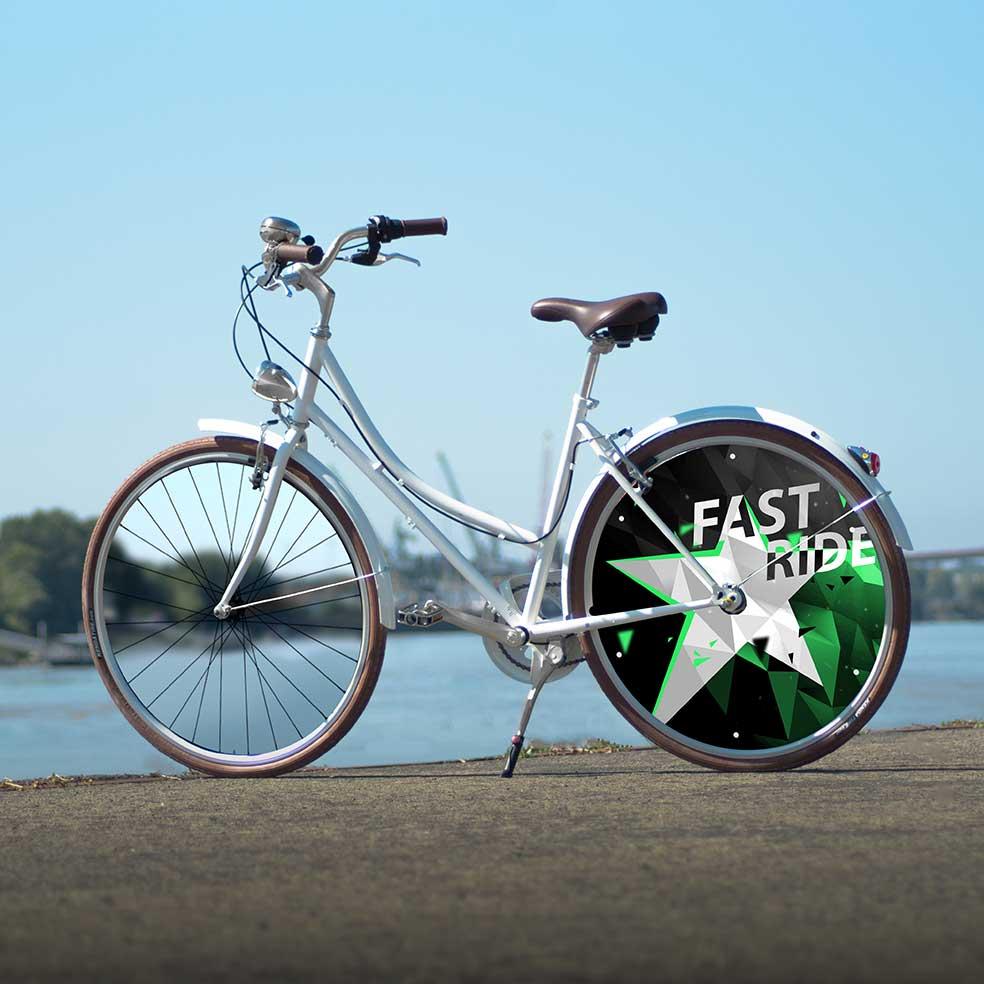 1 roue pleine pour ce Vélo Coffee Mixte, collection Fast Ride. Roue arrière lenticulaire au design spectaculaire. Vélo de ville pour des trajets urbains
