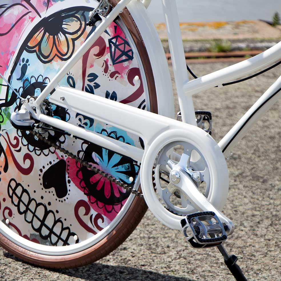 Vélo de ville Coffee Mixte parfait pour vos trajets urbains. Un pédalier efficace pour vos déplacements en ville en toute fluidité
