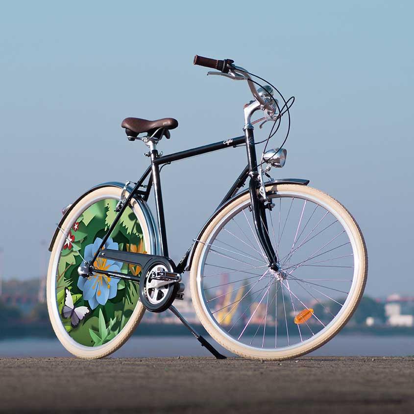 Le vélo Coffee homme est un vélo de ville au look spectaculaire. Avec une roue pleine à l'arrière, ce vélo de collection Canopée fera de vous un cycliste unique pour circuler en ville