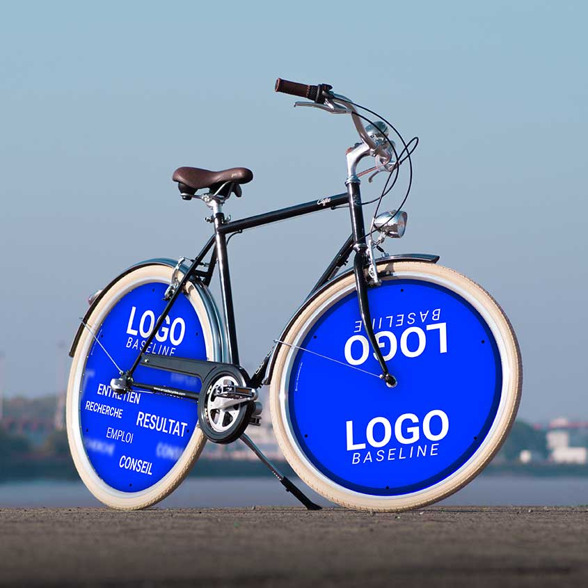 Ce vélo de ville Coffee pour homme possède deux roues pleines avant et arrière. Deux roues lenticulaires pour ce vélo de fonction aux couleurs de votre entreprise. Vélotaf