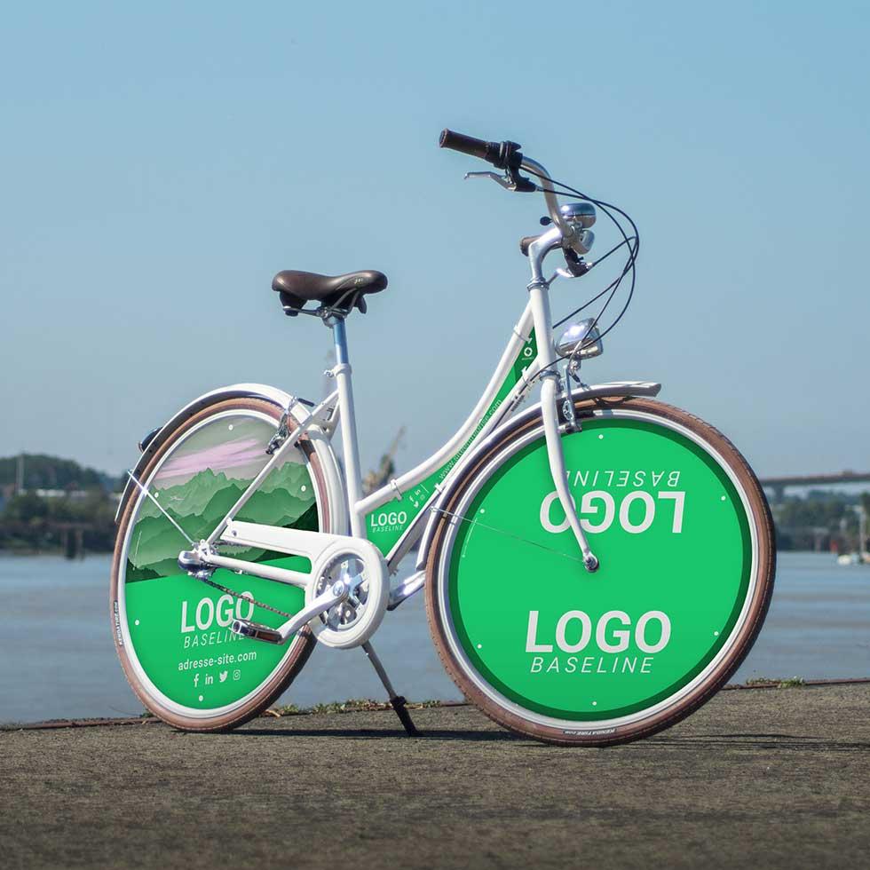 Le vélo d'entreprise Coffee pour femme ou homme est un moyen original pour votre communication. Avec un habillage total, ce vélo au look rétro sera un formidable outil de publicité