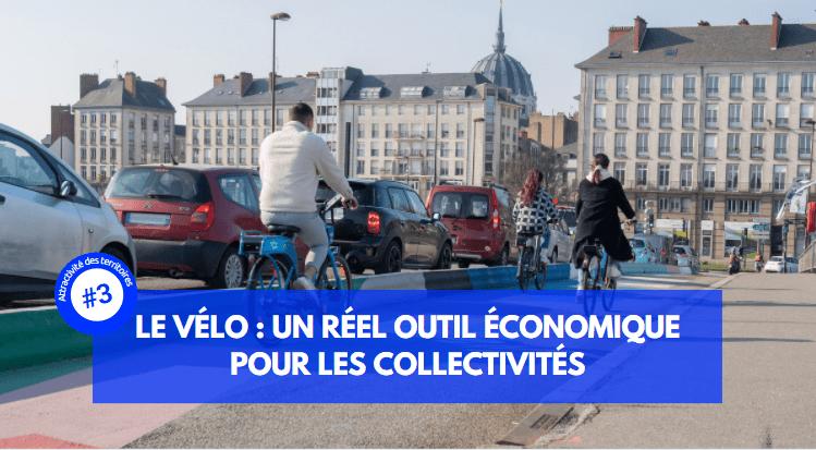 Vélos dans trafic à côté de voitures