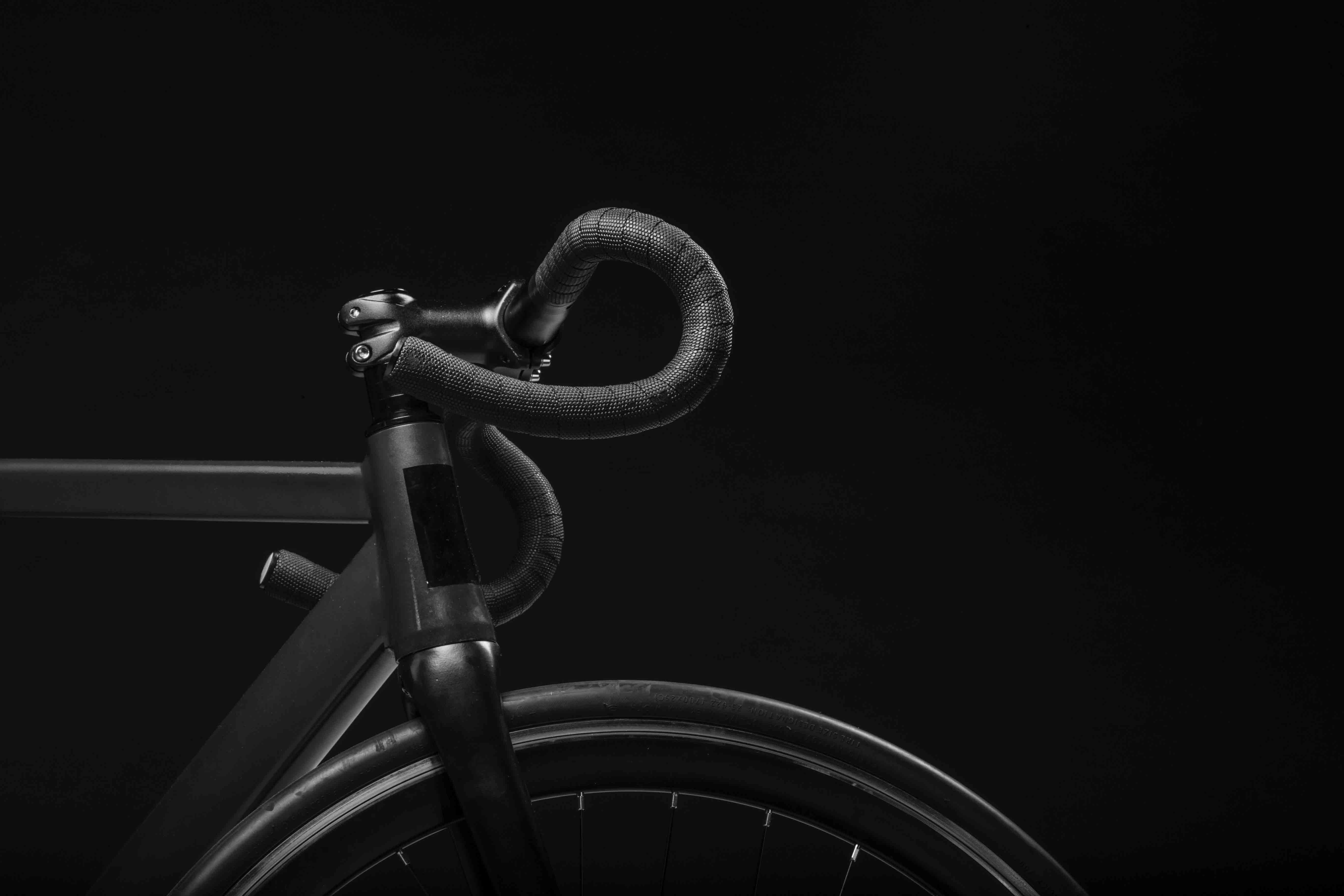 Vélo de luxe noir